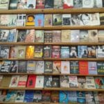 Lychnari Aegina Bookstore - Βιβλιοπωλείο Λυχνάρι Αίγινα